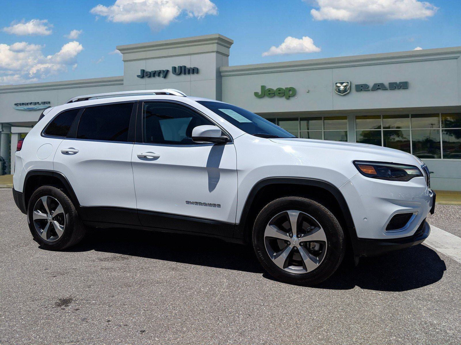 Certified Pre Owned Jeep >> Certified Pre Owned 2019 Jeep Cherokee Limited 4d Sport Utility In