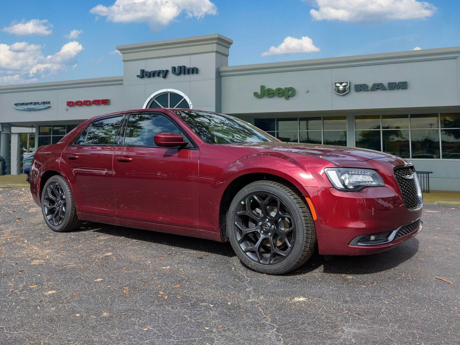New 2019 Chrysler 300 S Sedan In Tampa H569316 Jerry Ulm Chrysler