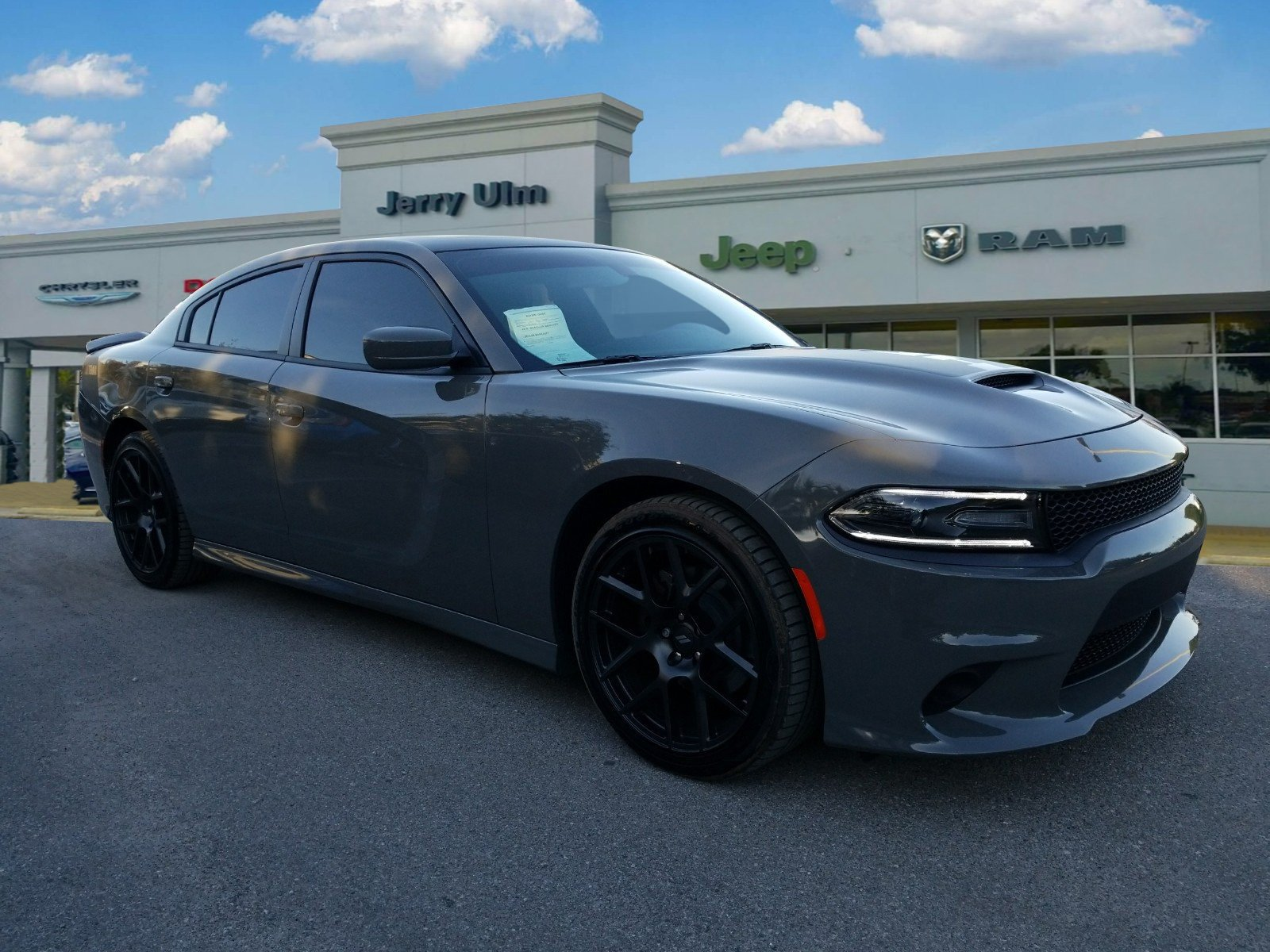 Certified Pre Owned 2017 Dodge Charger R T 4d Sedan In Tampa