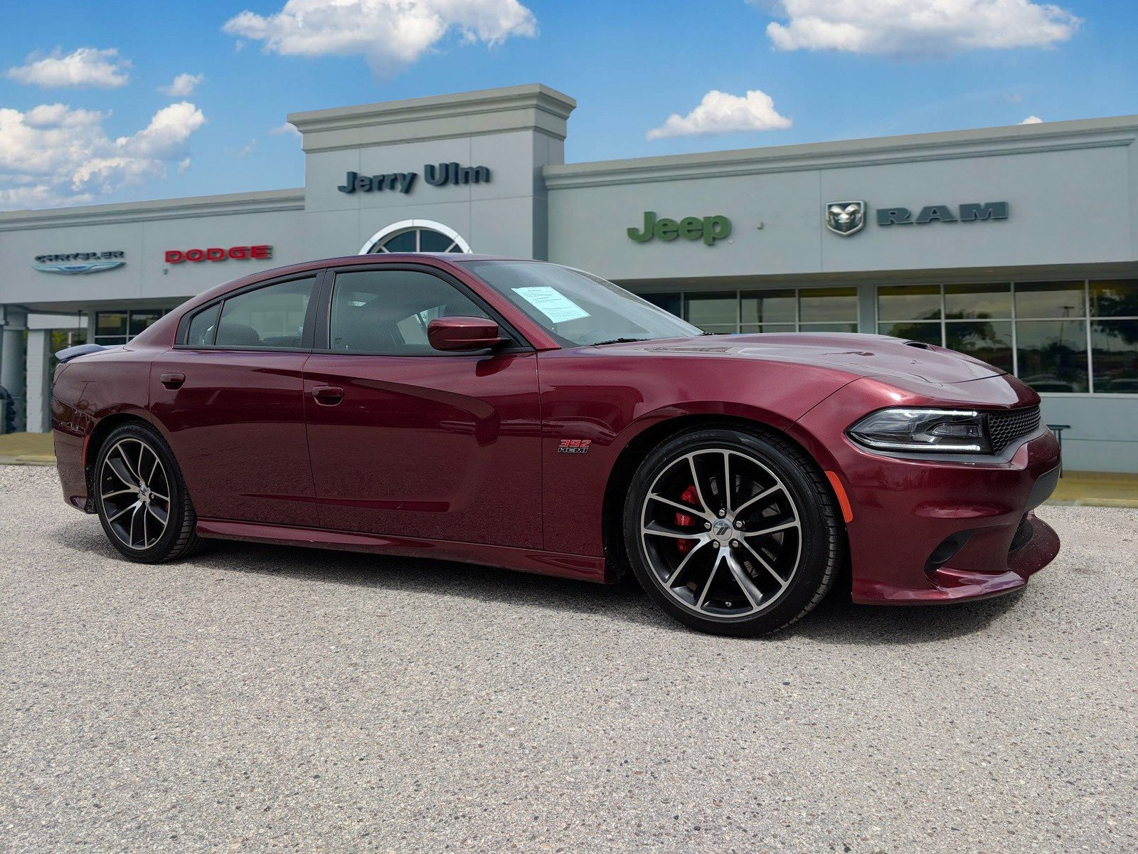 Pre Owned 2017 Dodge Charger R T 392